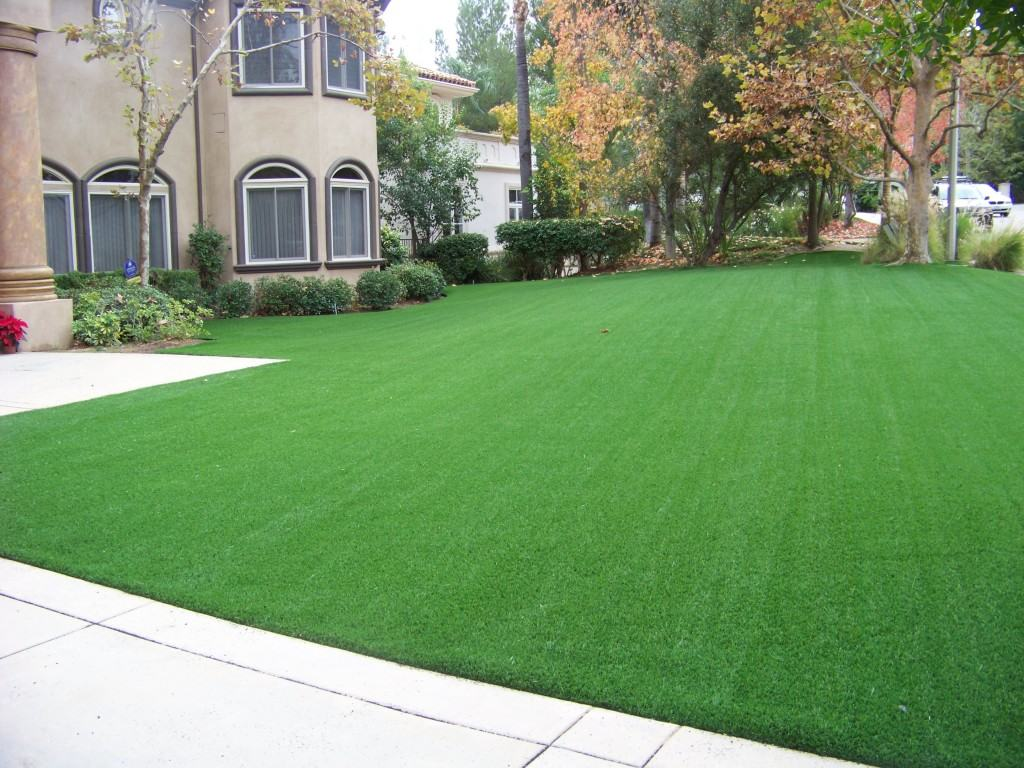 artificial-grass-lawns